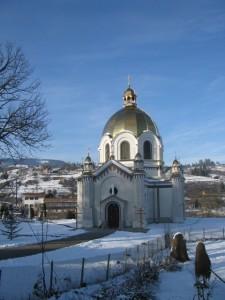 Kerk van Slavske, bling-bling in de winterzon