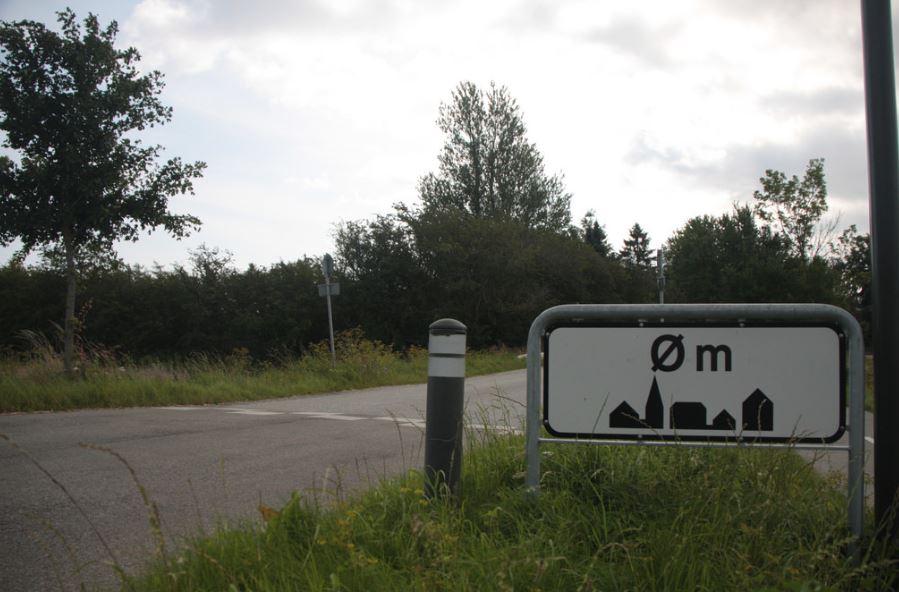 Plaatsnaambord Øm