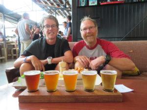 Samen aan het bier in Auckland